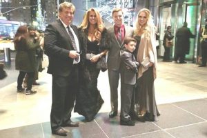 Scott McEwen and family at American Sniper opening